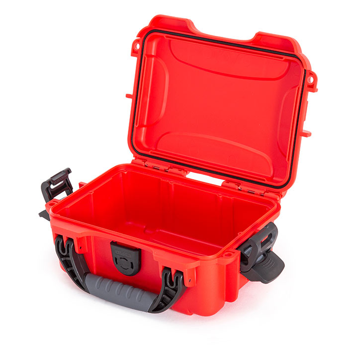 Nanuk 903 First Aid case Side Open